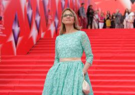 Актриса Светлана Тома на красной ковровой дорожке