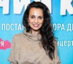Певица и актриса Светлана Светикова