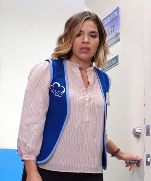 Актриса Америка Феррера на съемках сериала