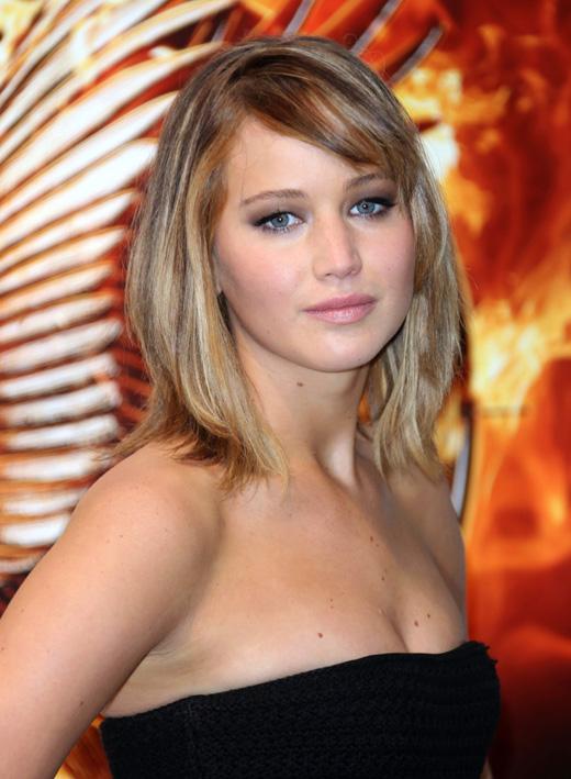 Дженнифер Лоуренс (Jennifer Lawrence) / Featureflash / Shutterstock.com