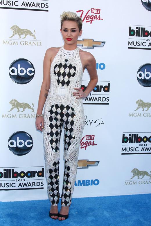 Майли Сайрус (Miley Cyrus) / s_bukley / Shutterstock.com