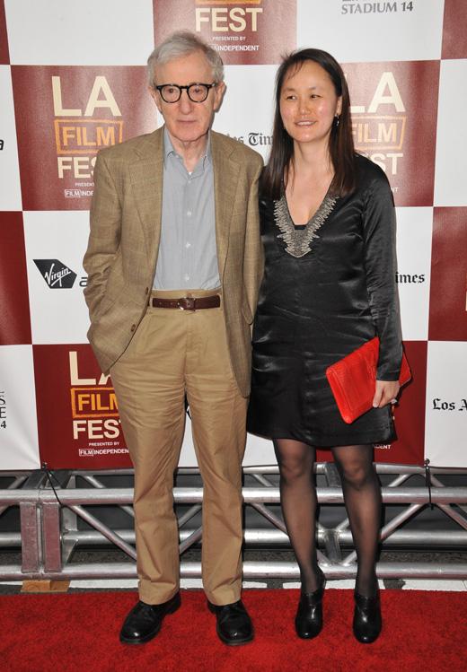 Вуди Аллен (Woody Allen) с женой / © Jaguar PS / Shutterstock.com