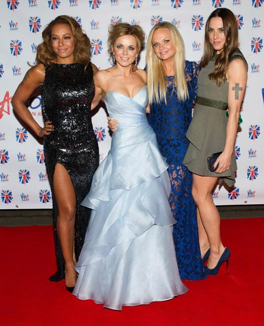 Участницы группы Spice Girls Мелани Браун (Melanie Brown), Джери Холлиуэл (Geri Halliwell), Эмма Бантон (Emma Bunton) и Мелани Чисхолм (Melanie Chisholm) / Featureflash / Shutterstock.com