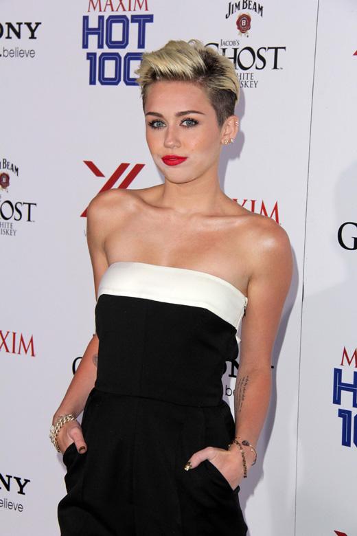 Певица Майли Сайрус (Miley Cyrus) / s_bukley / Shutterstock.com