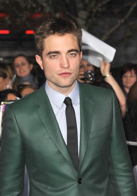 Роберт Паттинсон (Robert Pattinson) / Jaguar PS / Shutterstock.com