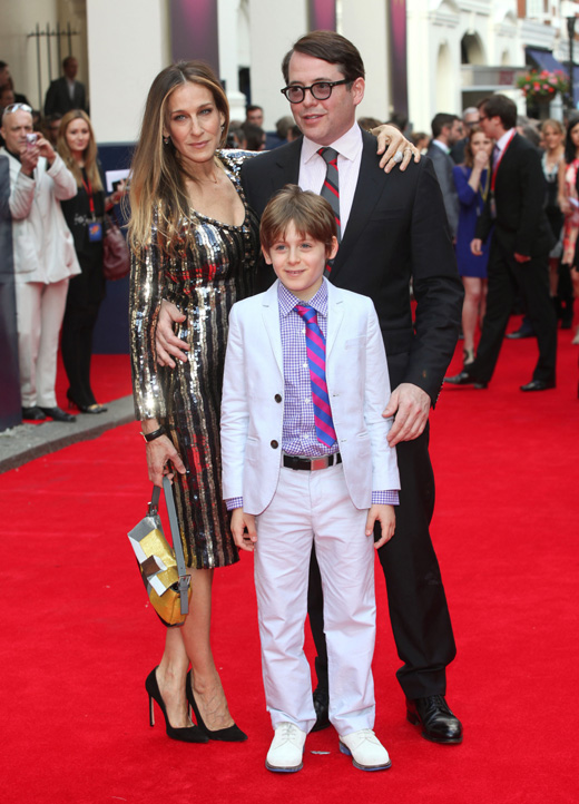Сара Джессика Паркер (Sarah Jessica Parker) и Мэттью Бродерик (Matthew Broderick) с сыном / Featureflash / Shutterstock.com
