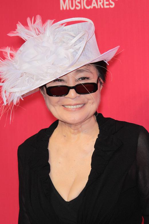 Йоко Оно (Yoko Ono) / s_bukley / Shutterstock.com
