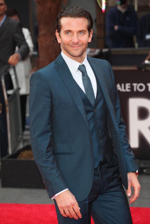 Актер Брэдли Купер (Bradley Cooper) / Featureflash / Shutterstock.com