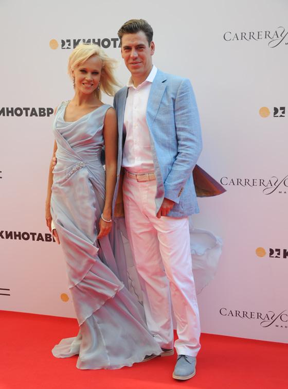 Актер Дмитрий Дюжев с женой Татьяной / Martynova Anna / Shutterstock.com