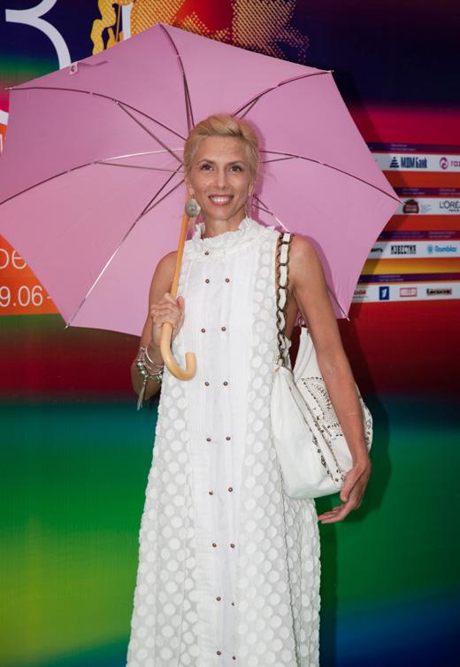 Певица Алена Свиридова / magicinfoto / Shutterstock.com