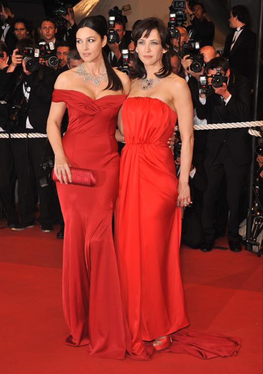 Актрисы Моника Беллучи (Monica Bellucci) и Софи Марсо (Sophie Marceau) / Jaguar PS / Shutterstock.com