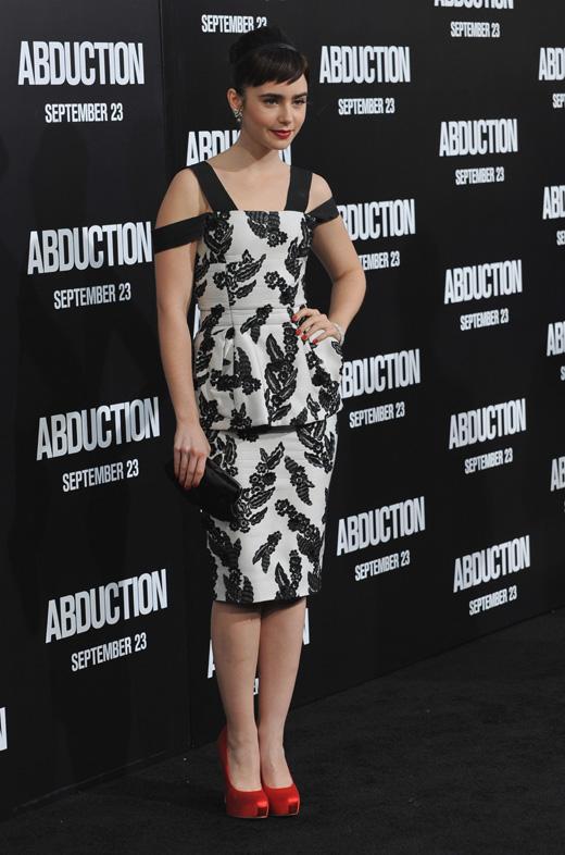 Лили Коллинз (Lily Collins) / © Jaguar PS / Shutterstock.com