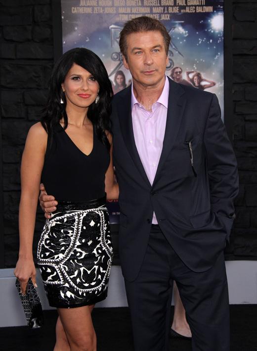 Алек Болдуин (Alec Baldwin) и его жена Хилария Болдуин (Hilaria Baldwin) / © DFree / Shutterstock.com