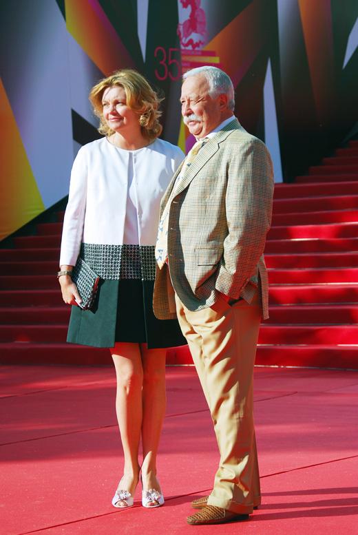 Леонид Якубович с супругой / © Ekaterina Bykova / Shutterstock.com