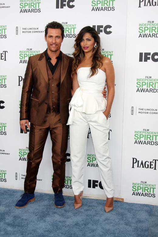 Мэттью Макконахи (Matthew McConaughey) с женой Камилой Алвес (Camila Alves) / © Helga Esteb / Shutterstock.com