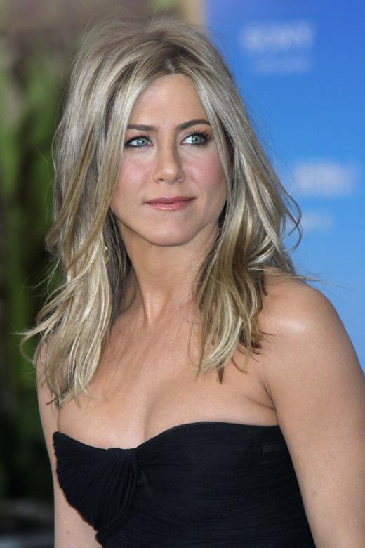 Дженнифер Энистон (Jennifer Aniston) / © JStone / Shutterstock.com
