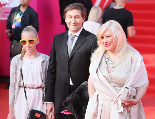 Ирина Мирошниченко с гостями церемонии / © Пресс-служба Московского Международного Кинофестиваля