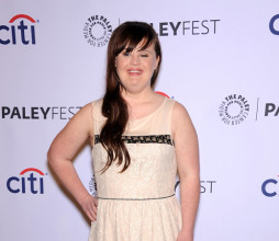jamie_brewer_210215_s