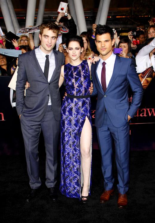 Роберт Паттинсон (Robert Pattinson), Кристен Стюарт (Kristen Stewart) и Тэйлор Лотнер (Taylor Lautner) / © Tinseltown / Shutterstock.com