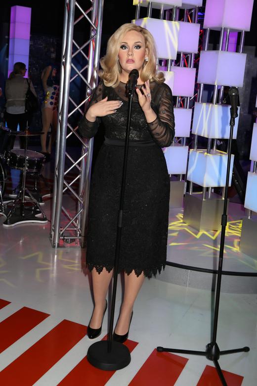 Восковая копия певицы Адели (Adele) / © JStone / Shutterstock.com