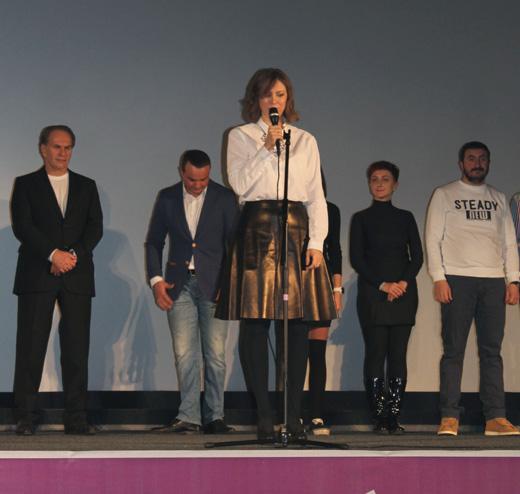 Наталия Будкина и члены съемочной группы фильма «Находка» / © Muzchart.ru