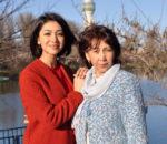 Дильбар Файзиева с мамой