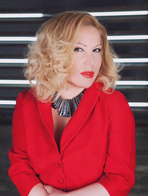 Певица Юлия Артемова