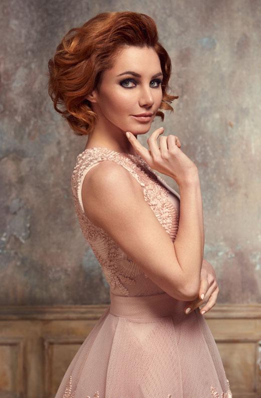 Актриса Лора Резникова портрет