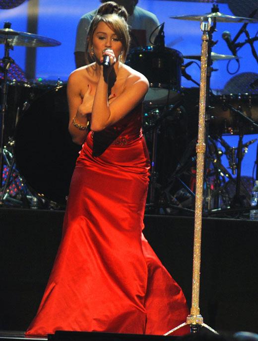 Певица Майли Сайрус