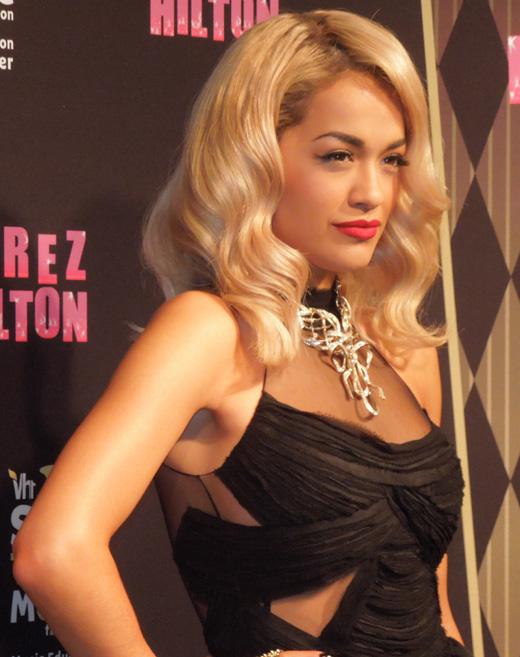 Поп-звезда Рита Ора (Rita Ora)